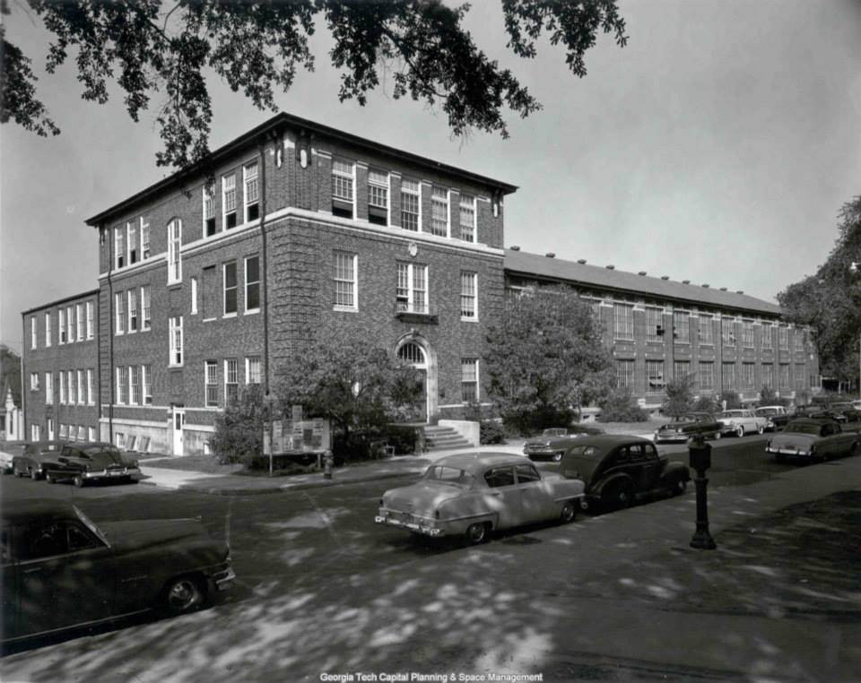 The J.S Coon Building circa 1940